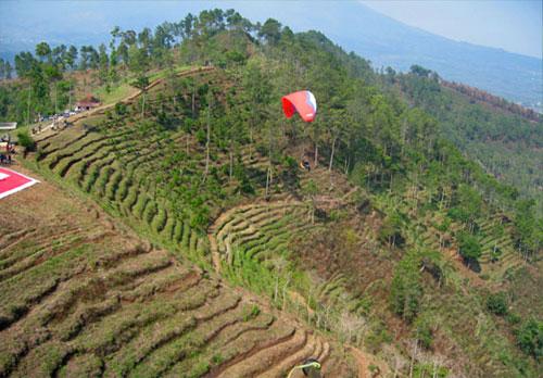 Batu, Paragliding Paradise